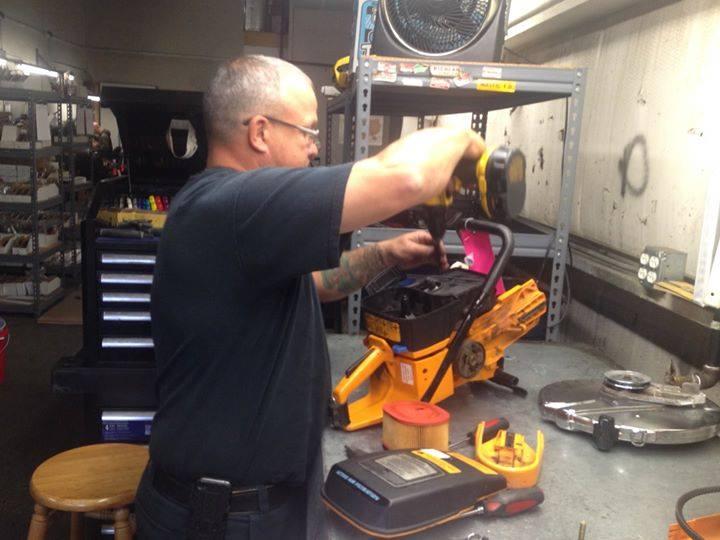 Tim Walde working on an old K-12FD saw
